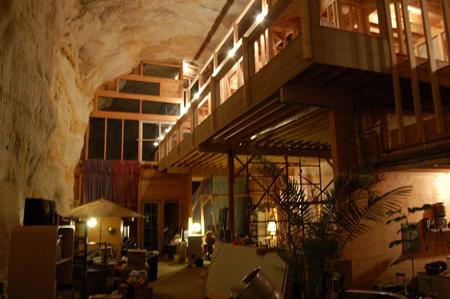 38-Caveland
