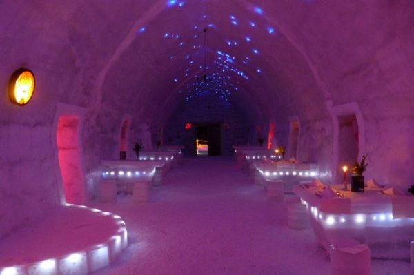 Romania-balea-lake-ice-hotel4