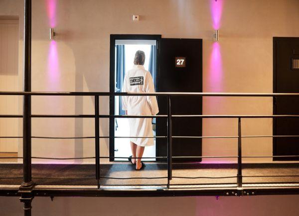 historic-jail-transformed-into-luxury-hotel4
