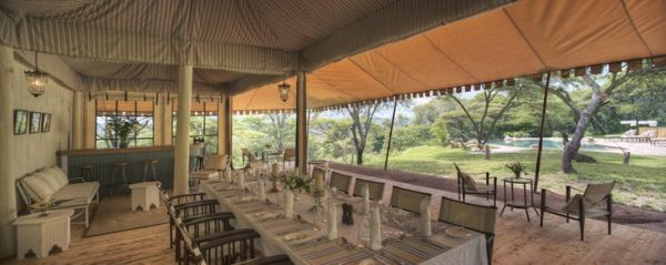 tent-hotel-outdoor2