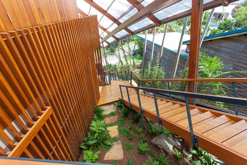 22-Exterior-staircase