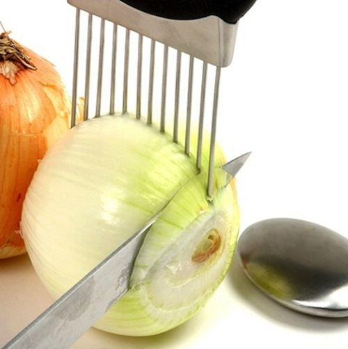 50-Useful-Kitchen-Gadgets-You-Didnt-Know-Existed-onion